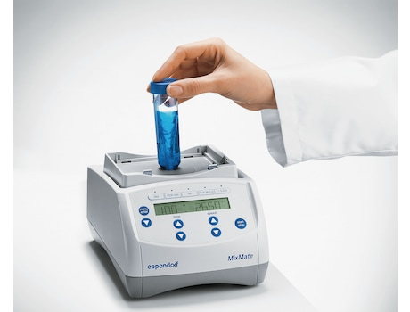 Image – Eppendorf MixMate shows vortex function to mix lab samples