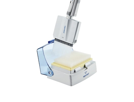 Eppendorf pipette tip box and 16-channel pipette for i.e. in vitro diagnostics