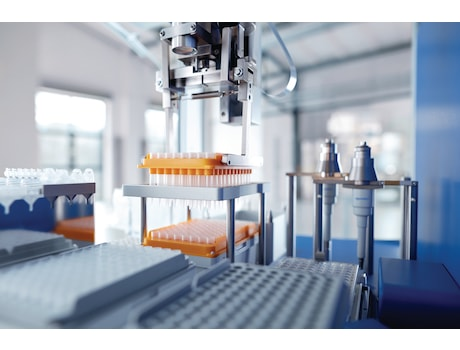 The gripper of epMotion liquid handling robots exchanges empty tip racks immediately